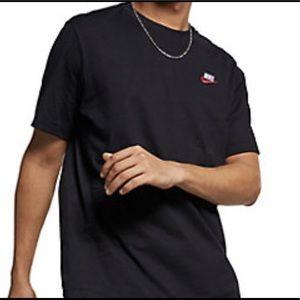 Nike Short Sleeve Black 100%Cotton Tee Shirt M NWT